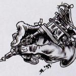Hand mit Tattoomaschine tattooflash